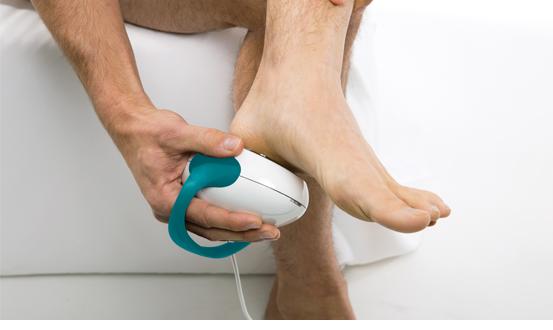 Solio AlfaPlus - Homem tratando dor em pé